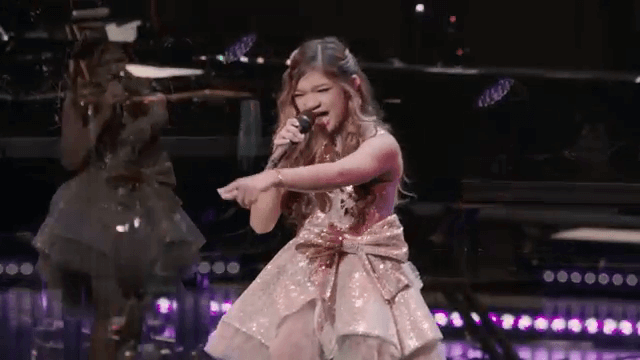 AngelicaHale - Hometown Show 2019-Fight Song